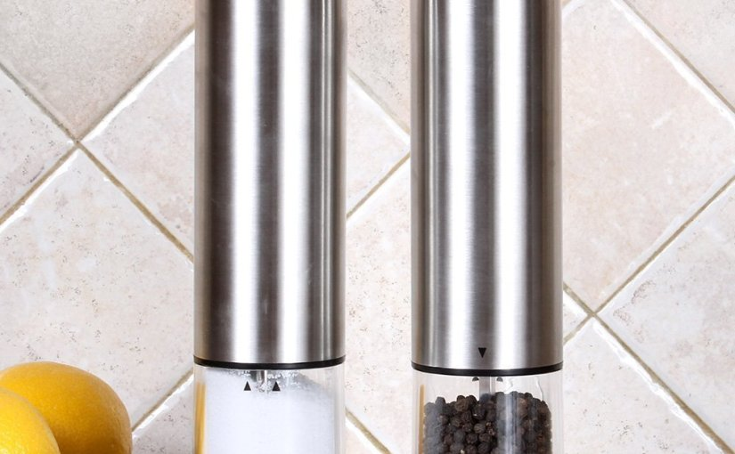 My Review of the Greenco Automatic Pepper Mill & SaltGrinder