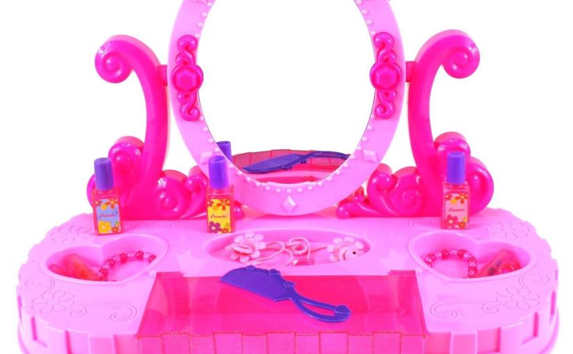 Review Princess Castle DesktopVanity