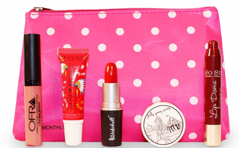 You can score a Lip Monthly Box only $5 !!
