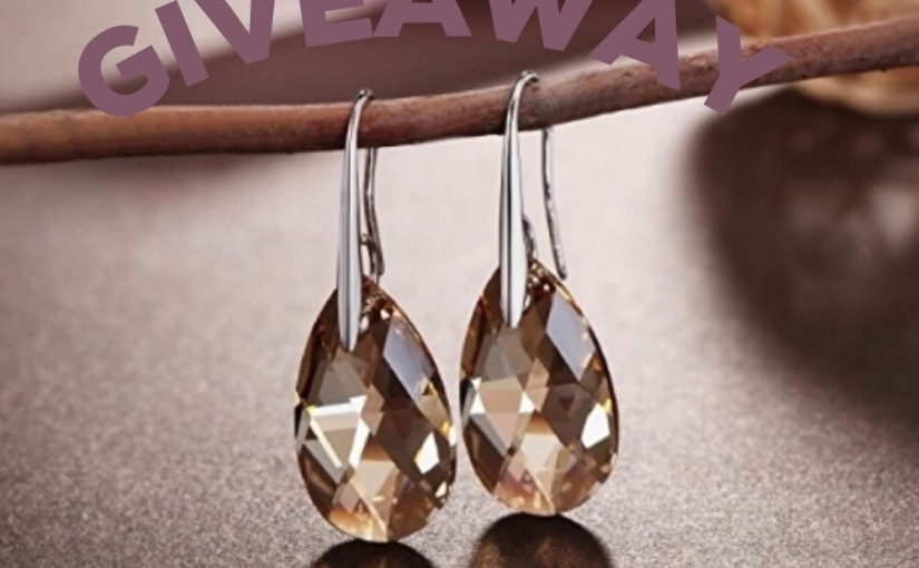 Win Earrings Made With Swarovski Crystals #giveaway